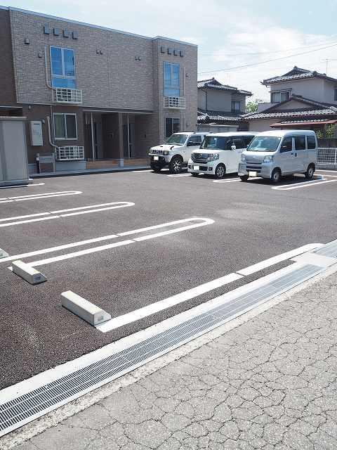 物件番号: 1110309658 アクエリアスAKADA 富山市赤田 1LDK アパート 写真11