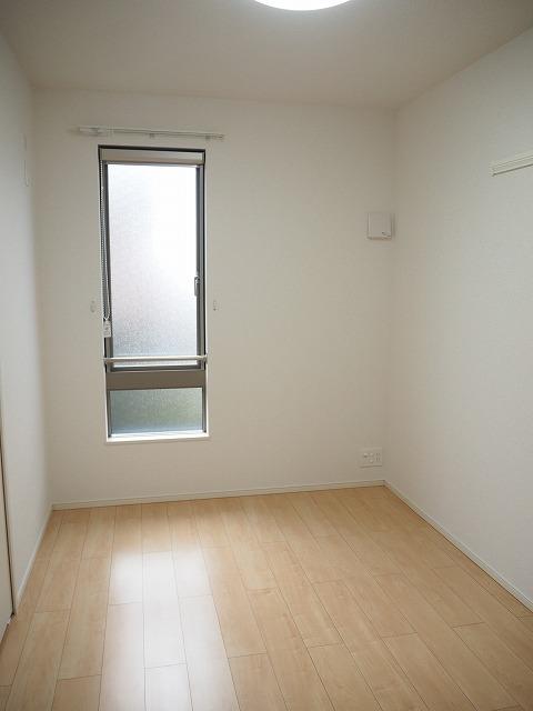 物件番号: 1110310242 ボールルーム 富山市藤木 1DK アパート 写真5