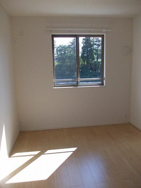 物件番号: 1110309673 リトル・スィーダーⅠ  富山市小杉 2LDK アパート 画像4