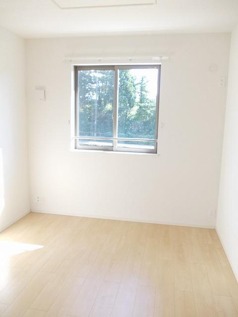 物件番号: 1110309677 リトル・スィーダーⅡ  富山市小杉 2LDK アパート 画像4