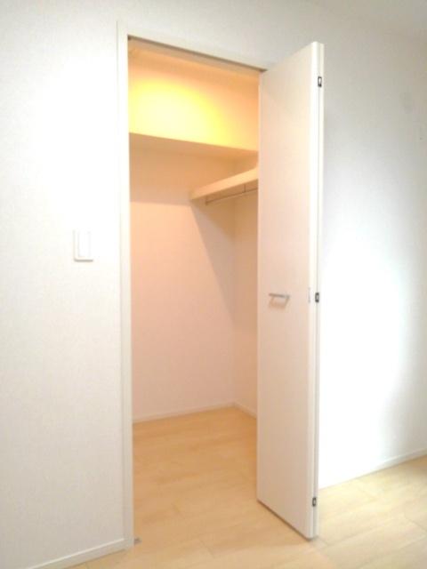 物件番号: 1110309699 コンフォーティア  富山市常盤台 1DK アパート 画像6