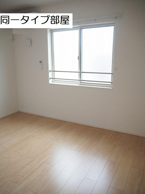 物件番号: 1110309713 ケルンⅥ  富山市新庄町4丁目 2LDK アパート 画像4