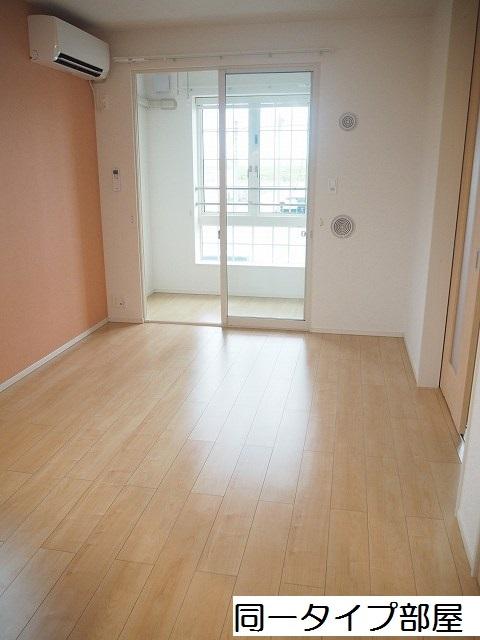 物件番号: 1110309715 ケルンⅥ  富山市新庄町4丁目 2LDK アパート 画像1