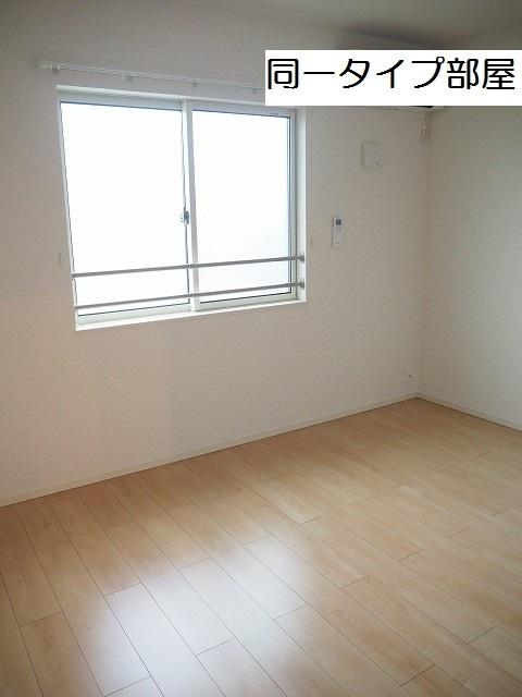 物件番号: 1110309715 ケルンⅥ  富山市新庄町4丁目 2LDK アパート 画像4