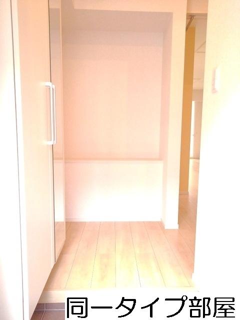 物件番号: 1110309730 グランリーオ・R Ⅱ  富山市上二杉 1LDK アパート 画像8