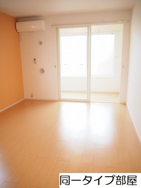 物件番号: 1110309780 ドゥ・ステージアⅧ  富山市小杉 1LDK アパート 画像1