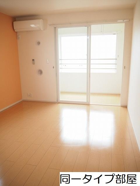 物件番号: 1110309784 ドゥ・ステージアⅧ 富山市小杉 2LDK アパート 写真2