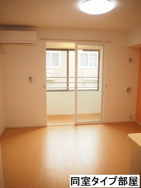 物件番号: 1110309855 ラ・セーヌ ミヨイ Ⅱ  富山市山室 1LDK アパート 画像1