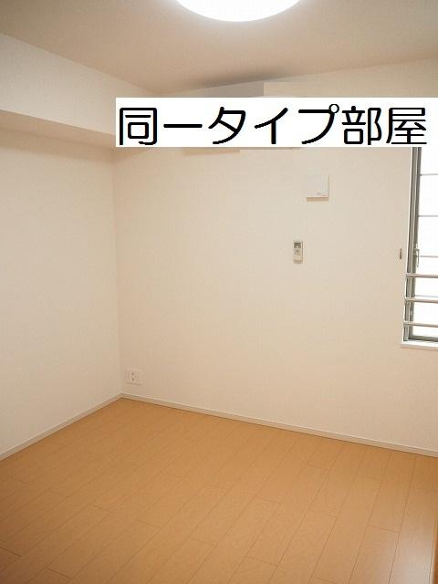 物件番号: 1110309855 ラ・セーヌ ミヨイ Ⅱ  富山市山室 1LDK アパート 画像4