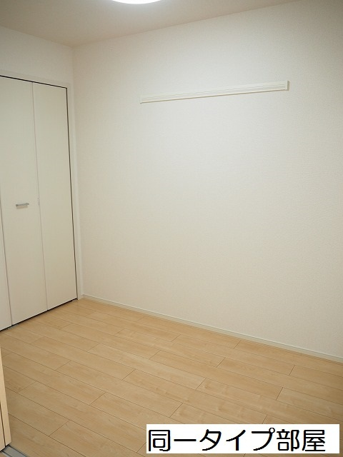 物件番号: 1110309858 ラ・セーヌ ミヨイ Ⅲ  富山市山室 1LDK アパート 画像4