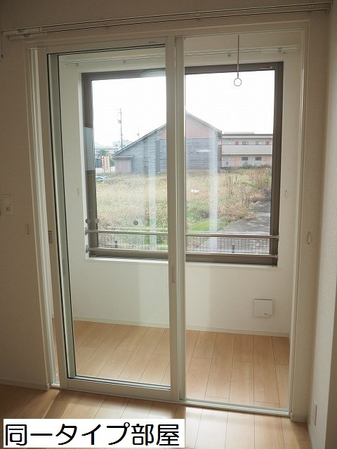 物件番号: 1110309859 ラ・セーヌ ミヨイ Ⅲ  富山市山室 1LDK アパート 画像8