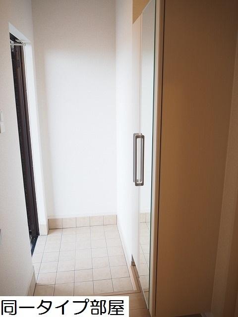 物件番号: 1110309859 ラ・セーヌ ミヨイ Ⅲ  富山市山室 1LDK アパート 画像9