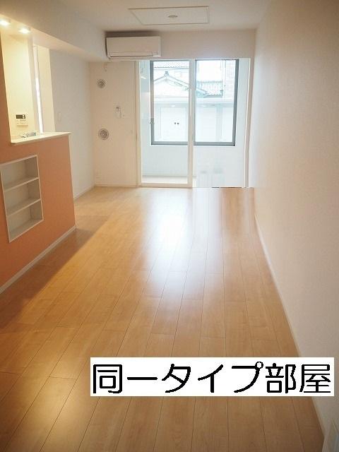 物件番号: 1110309864 エスペランス・KⅡ  富山市萩原 1LDK アパート 画像1