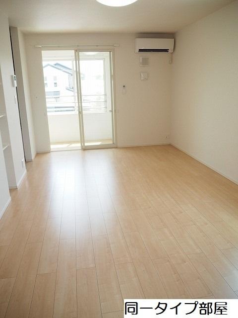 物件番号: 1110309880 シャルマンⅣ  富山市山室荒屋 1LDK アパート 画像1