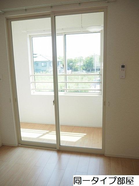 物件番号: 1110309880 シャルマンⅣ  富山市山室荒屋 1LDK アパート 画像8