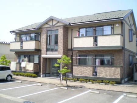 物件番号: 1110305442 アザレアパークA 富山市山室 2LDK アパート 外観写真