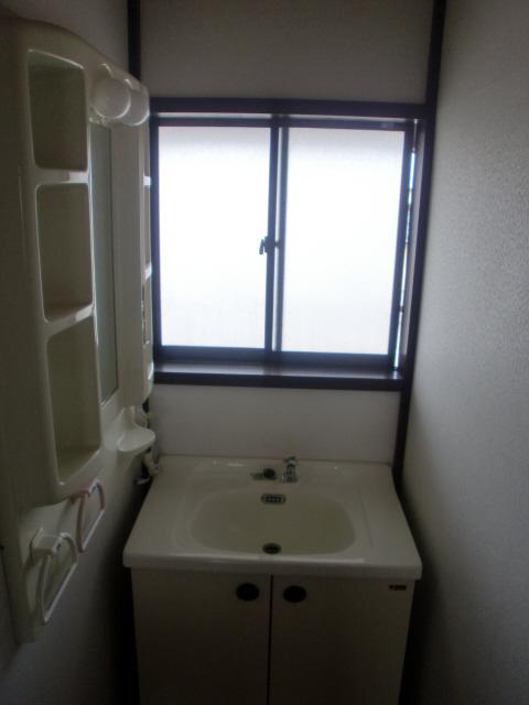 物件番号: 1110301299  富山市中川原 3DK アパート 画像1