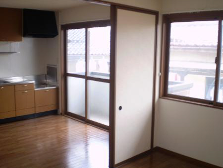物件番号: 1110303336 レ・セリジエ 富山市赤田 2DK アパート 写真3