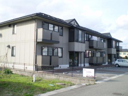 物件番号: 1110310222 リヴェールハウス 富山市堀川町 2DK アパート 外観写真