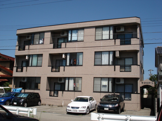 物件番号: 1110308747 ラ・シャンポール  富山市新根塚町2丁目 2LDK マンション 外観画像