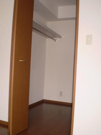物件番号: 1110310223 フォレストA 富山市上大久保 2LDK アパート 写真4