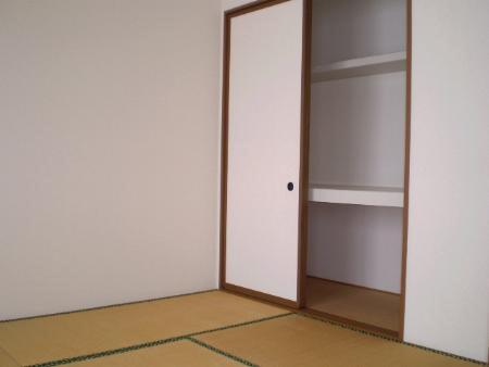 物件番号: 1110310223 フォレストA 富山市上大久保 2LDK アパート 写真5
