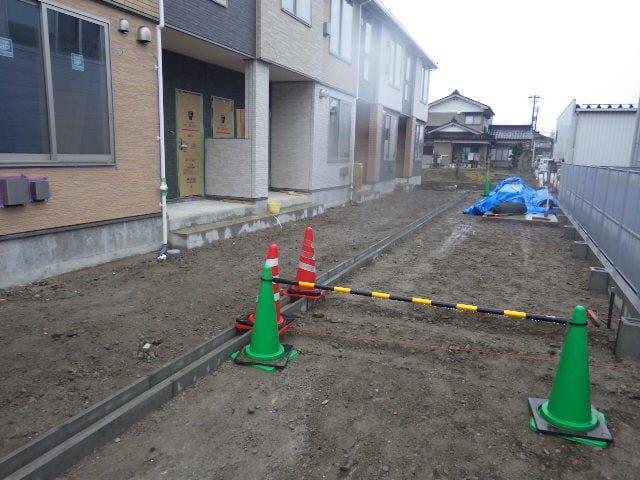物件番号: 1110309871 エスペランス・KⅡ 富山市萩原 2LDK アパート 外観写真