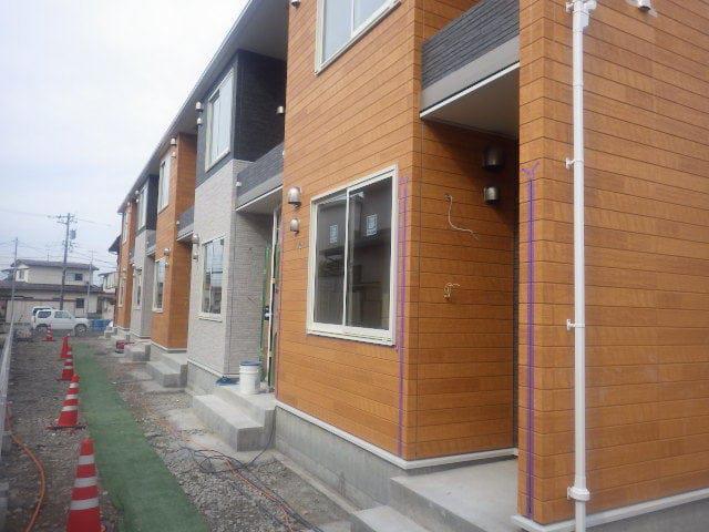 物件番号: 1110309875 シャルマンⅣ 富山市山室荒屋 1LDK アパート 外観写真